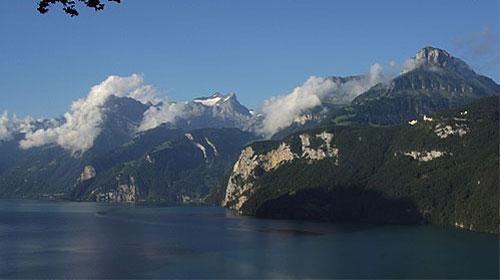 Weg der Schweiz - rund um den Urnersee